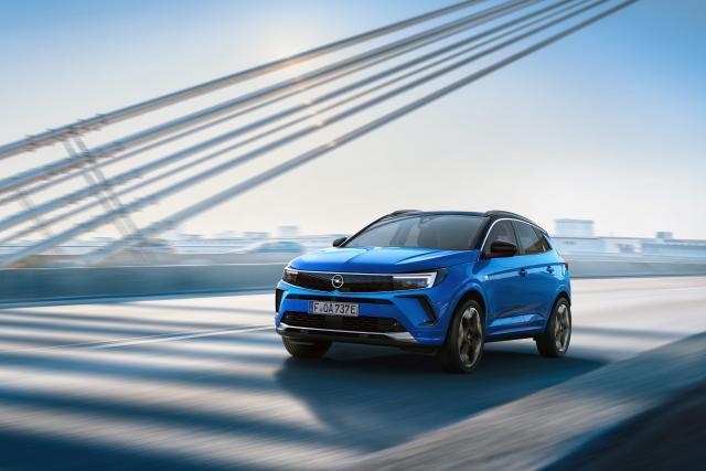 Прикачено изображение: 01-Opel-Grandland-Hybrid4-515792.jpg